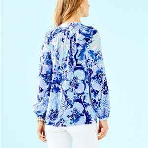 Lilly Pulitzer Tops - Lilly Pulitzer Elsa Top In Catch and Keep
